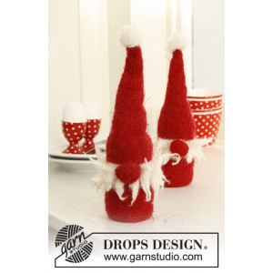 Egg Sitters by DROPS Design - Felted Santa for Christmas Pattern 23 cm