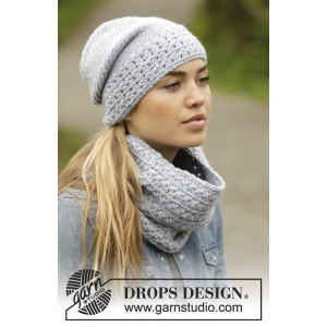 Queen of the Chill by DROPS Design - Crochet Hat and Neck Warmer Pattern size S -XL