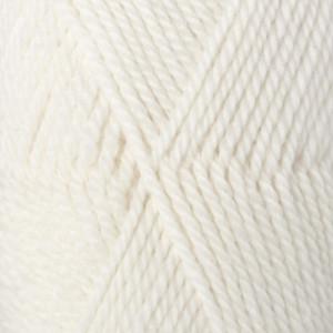 Drops Alaska Yarn Unicolor 02 Off White