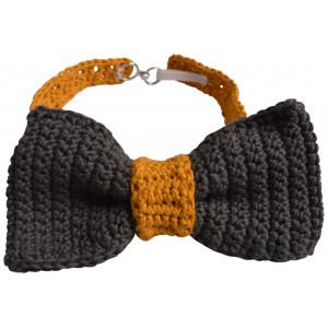 Crocheted Bow Tie by Rito Krea - Bow Tie Crochet Pattern One-size