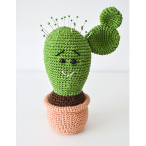Cactus needle cushion by KreaLoui - Needle cushion Crochet pattern 18cm