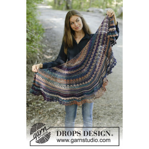 Alberta Autumn by DROPS Design - Crocheted Shawl Pattern 148x59 cm
