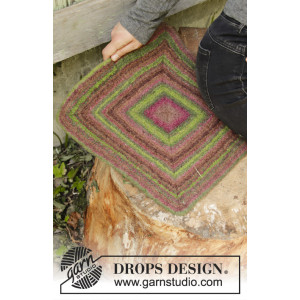 Forest Adventure by DROPS Design - Felted Seat Pad Pattern 35x35 cm