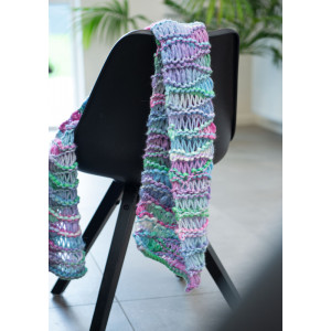 Mayflower Easy Knit Scarf - Knitted Scarf Pattern 140x30 cm