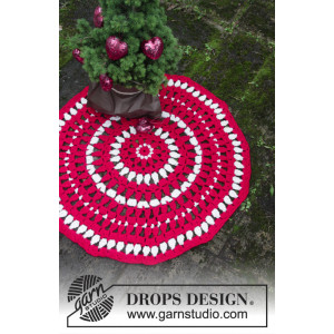 Christmas Circle by DROPS Design - Crocheted Rug Pattern Ø82 cm