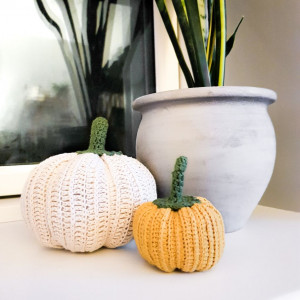 Crocheted Pumpkin by Rito Krea - Pumpkin Crochet Pattern