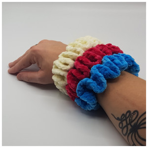 Ida's Velour Scrunchie by Rito Krea - Scrunchie Crochet Pattern - 5pcs