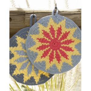 Burning Sun by DROPS Design - Crochet Pot Holders Pattern