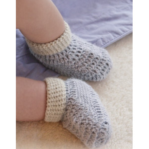 Baby Steps by DROPS Design - Crochet Baby Booties Pattern Size 0 months - 4 years