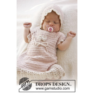 Beth by DROPS Design - Crochet Baby Dress Pattern Size 0/1 months - 3/4 years