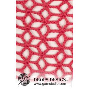 Evening Evelyn by DROPS Design - Crochet Shawl Pattern 39x158 cm