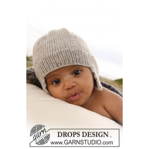 Samuel Hat by DROPS Design - Knitted Baby Hat size 1 months - 4 years