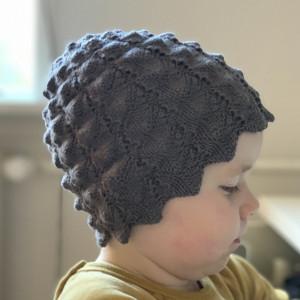 Blackberry Hat by Rito Krea - Hat Knitting Pattern size 0/3mos - 8-12yrs