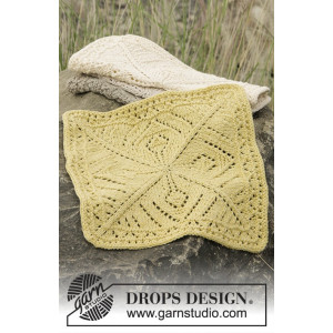 Thistle in Bloom by DROPS Design - Knitted Cloths Pattern 26x26 cm