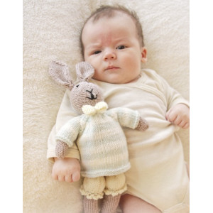 Mr. Bunny by DROPS Design - Knitted Baby Bunny Pattern