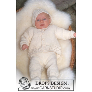Welcome Home by DROPS Design - Knitted Baby Coming Home Set Pattern size 1 - 18 months