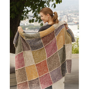 Queen of Diamonds by DROPS Design - Knitted Blanket in Garter Stitch with Squares Pattern 140x100 cm