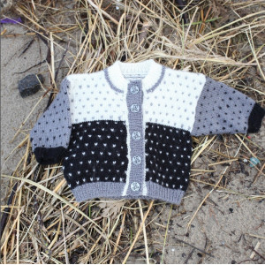 Mayflower Knitted Baby Sweater Stripes-colorwork Pattern size 1 months - 4 years