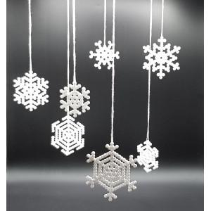 Bead Snowflake by Rito Krea - pattern 6x6-9x9cm - 7 pc