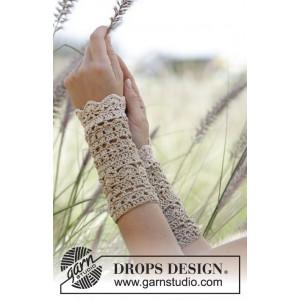Troy by DROPS Design - Crochet Fingerless Gloves Pattern size S - XL