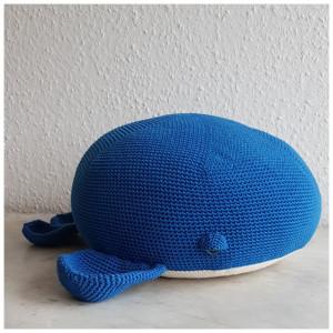 Whale Pillow by Rito Krea - Pillow Crochet pattern