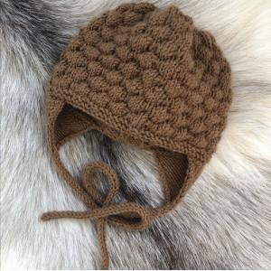 Bubble Dream Hat by Rito Krea - Baby Hat Knitting pattern size 0-1 month