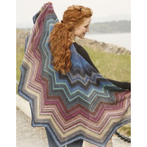 Butterfly Dream by DROPS Design - Knitted Shawl Pattern 70 cm