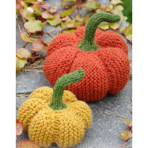 The Patch by DROPS Design - Knitted Pumpkin for Decoration Halloween Pattern