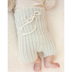 First Impression Shorts by DROPS Design - Knitted Baby shorts Pattern size Premature - 4 years