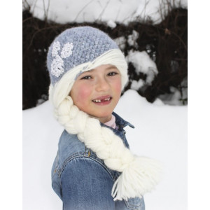 Princess Snowflake by DROPS Design - Crochet Hat with Braid Pattern size 1 - 8 years