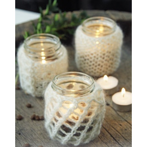 Holiday Night by DROPS Design - Knitted Candle Holder Cover Pattern 22 cm