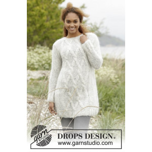 Diamond Bliss by DROPS Design - Knitted Jumper with Cables Pattern size XS - XXXL