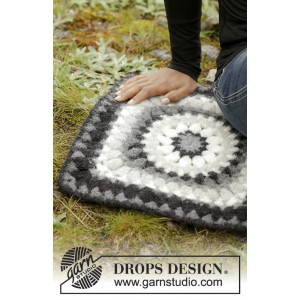 Slate Rose by DROPS Design - Crochet and Felted Seating Pad Pattern 36x36 cm
