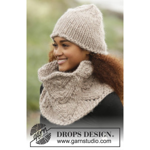 Cinnamon by DROPS Design - Knitted Hat and Neck Warmer pattern size S/M - L/XL