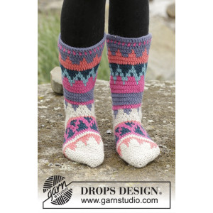 Colorful Winter by DROPS Design - Crocheted Socks Multi-coloured Pattern size 35/37 - 41/43