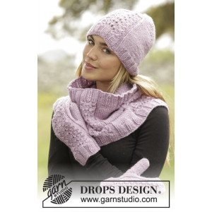 Malin by DROPS Design - Knitted Hat, mittens and neck warmer pattern size S/M - L