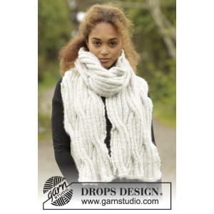 Silver Falls by DROPS Design - Knitted Scarf with Cables Pattern 160x30 cm
