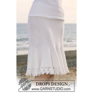 Forbidden by DROPS Design - Knitted Skirt with Shortened Rows Pattern size S - XXXL