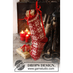 Mr. Kringle's Stocking by DROPS Design - Knitted Christmas Sock Pattern 35x25 cm