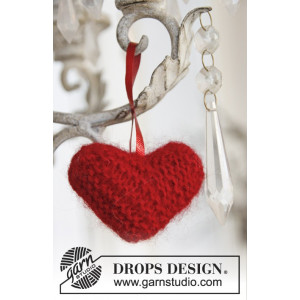 Sweet heart by DROPS Design - Knitted Heart for Christmas Pattern 5 cm