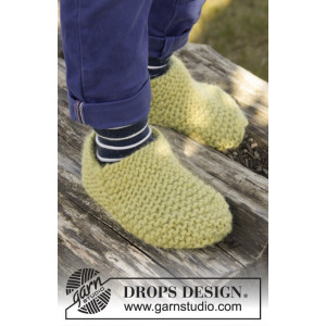 Lemon Jelly by DROPS Design - Knitted Children Slippers in Garter Stitch Pattern size 20 - 37