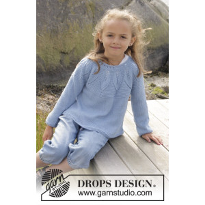 Sweet Bay by DROPS Design - Knitted Jumper with Leaf Pattern size 3/4 - 13/14 years