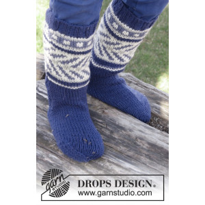 Little Adventure Socks by DROPS Design - Knitted Socks with Multi-coloured Pattern size 22 - 37
