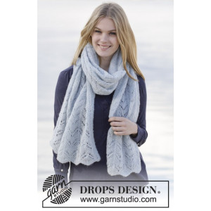 Sweet Carolina by DROPS Design - KnittedStole with Lace Pattern 170x48 cm