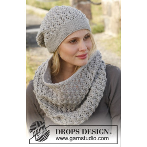 Autumn Mist by DROPS Design - Knitted Neck Warmer and Hat Pattern size S/M - L/XL