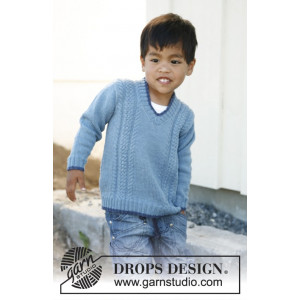 Julien by DROPS Design - Knitted Jumper with V-neck and Cables Pattern size 3 - 12 years